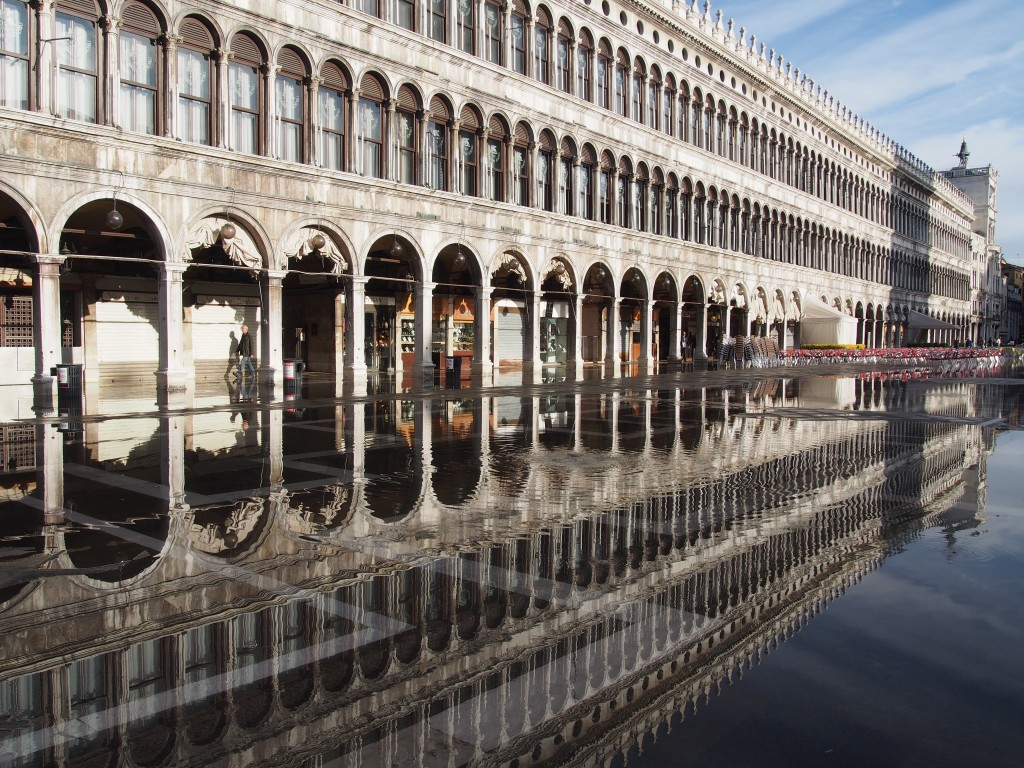 Walking tour around Italy, 3,600km by foot, picture by Rémi Durand-Gasselin
