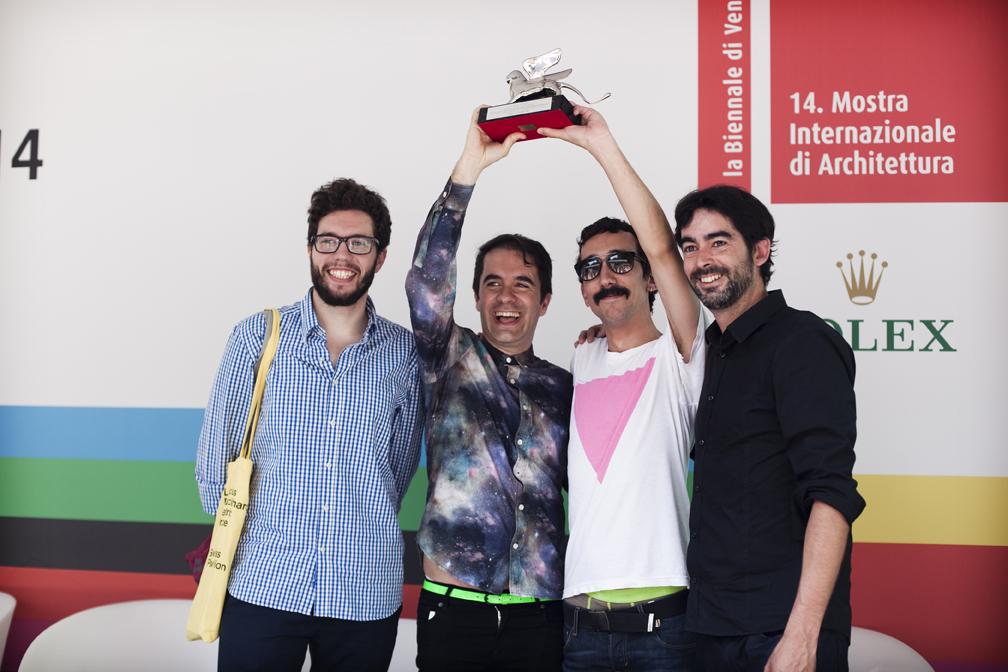 Andrès (centre) awarded in Venice