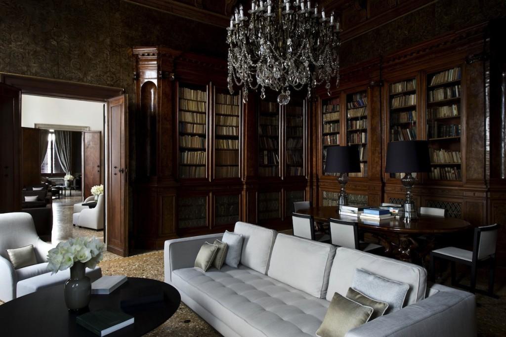 Aman Canal Grande Venice - Library