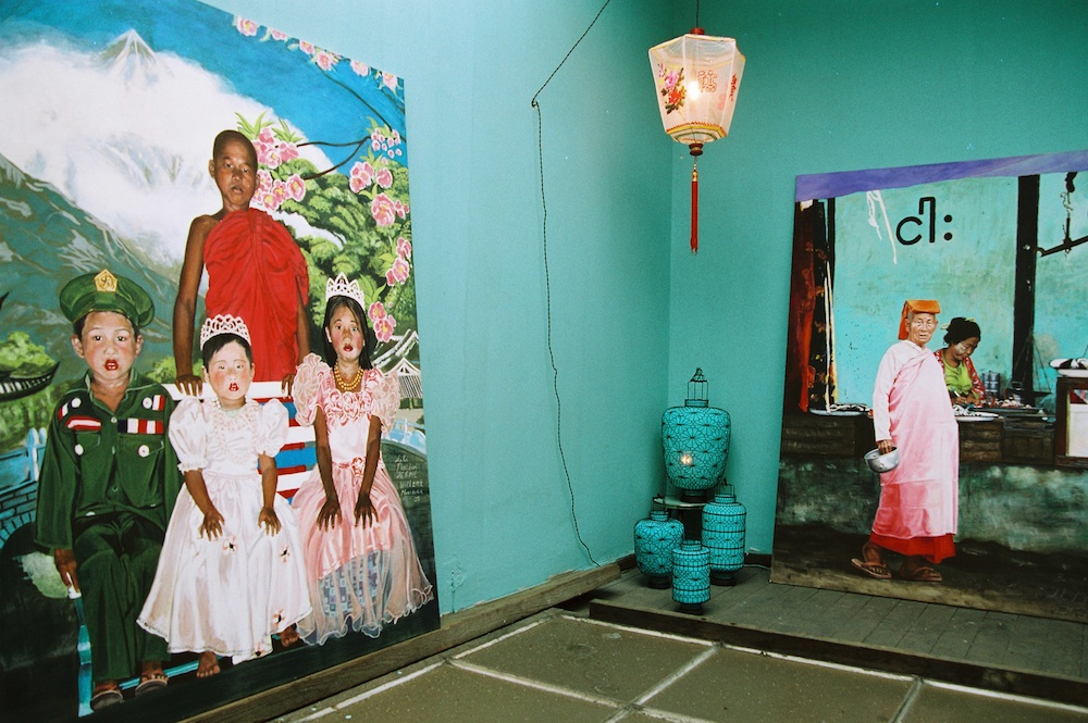 Art Tea Shop and Exhibition, Painting: Indian Boy by Jesko, Bel étage Art Space,