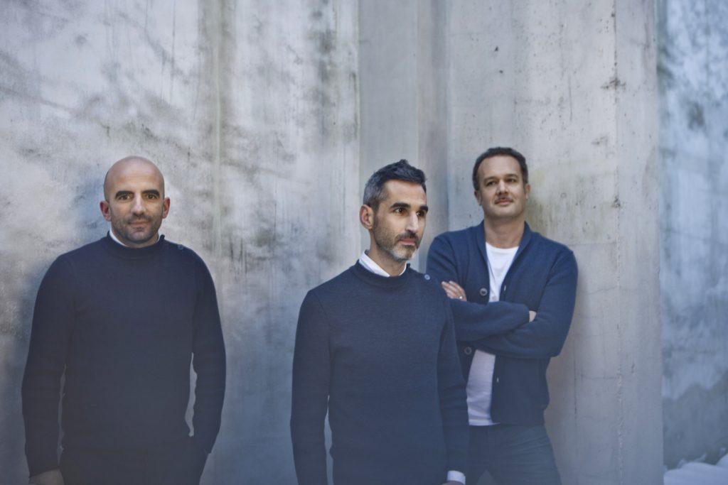 (r) Nicola Delon, Julien Choppin, Sébastien Eymard (Encore Heureux)